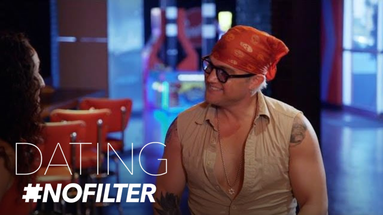 Will Jonathan's Dog Help His Date With Sara? | Dating #NoFilter | E! 1