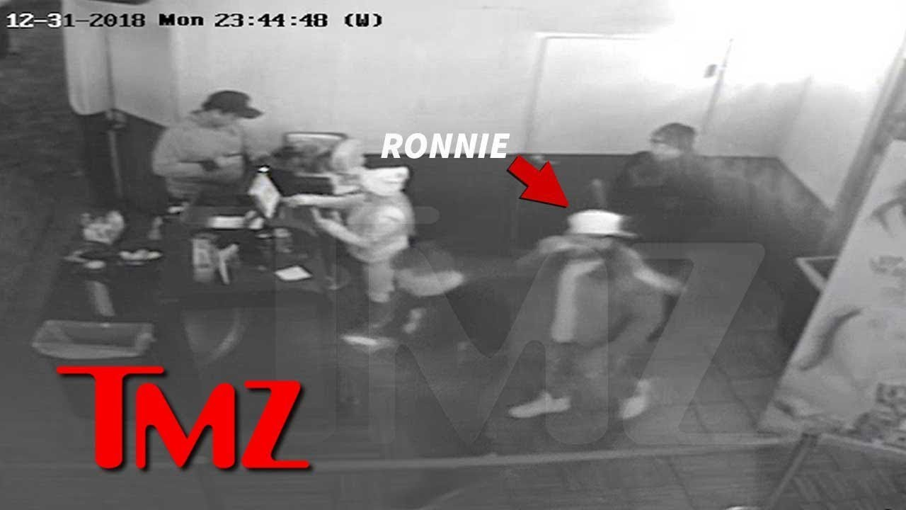 Ronnie Ortiz-Magro Leaves Club with Bloody Face After Alleged Ashtray Attack by Jen 5