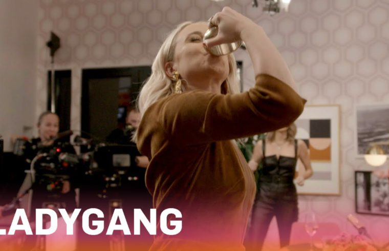 Jac, Becca & Keltie Drink From Their Hair Ties?! | LadyGang | E! 1