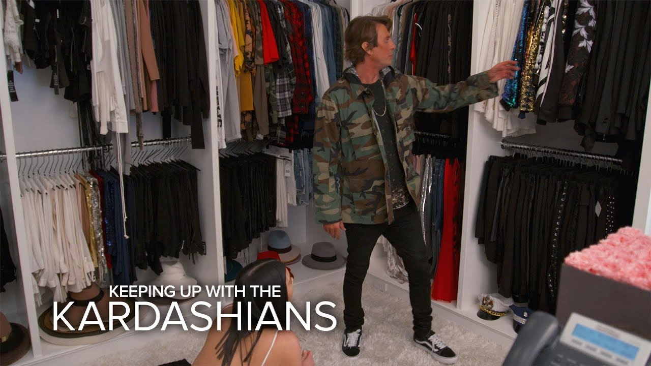 KUWTK | Kim Kardashian West & Jonathan Cheban Raid Khloe's Closet | E! 3