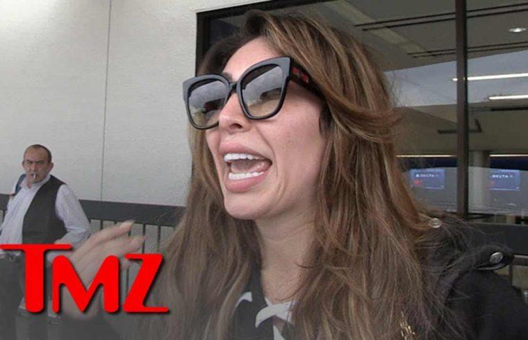 Farrah Abraham Brushes Off Talk of Copying Kourtney Kardashian's Nude Pose | TMZ 1
