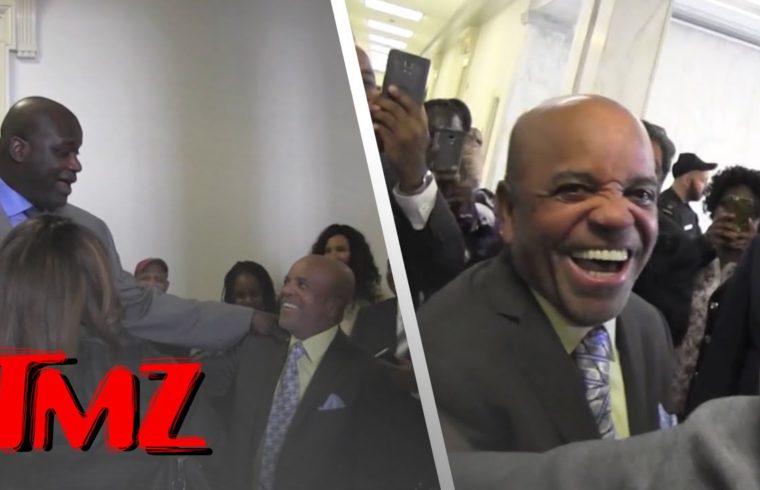 Shaq Runs Into Barry Gordy In Washington D.C. | TMZ 1
