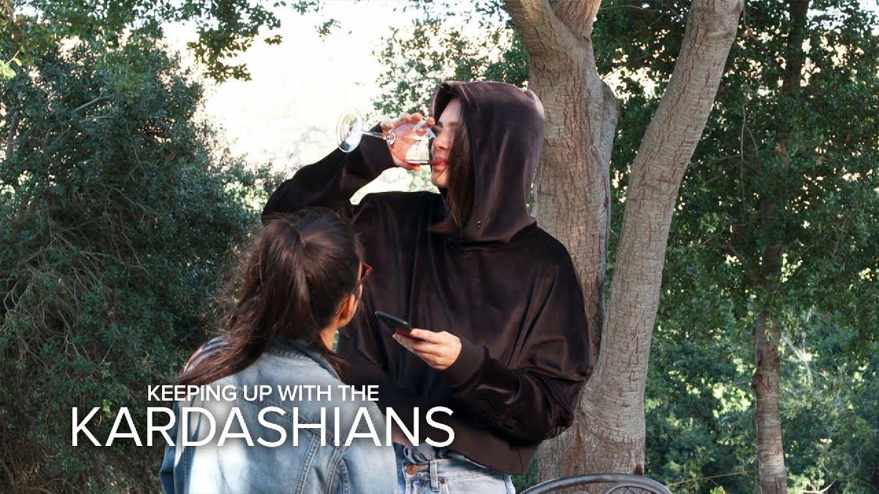 KUWTK | Kourtney Kardashian & Kendall Jenner Get Tipsy at Wine Tasting | E! 3