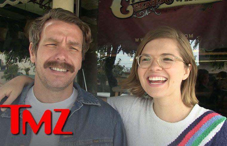 'Let's Make A Deal' Friend Zone Couple Blames Wayne Brady, Still Heading To Mexico | TMZ 1