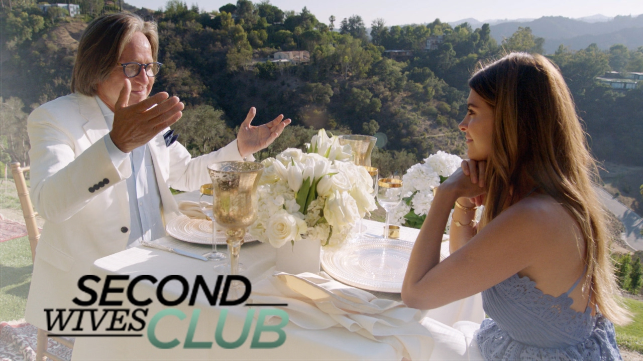 Shiva Safai Stunned by Mohamed Hadid's Gift   Second Wives Club   E! 3