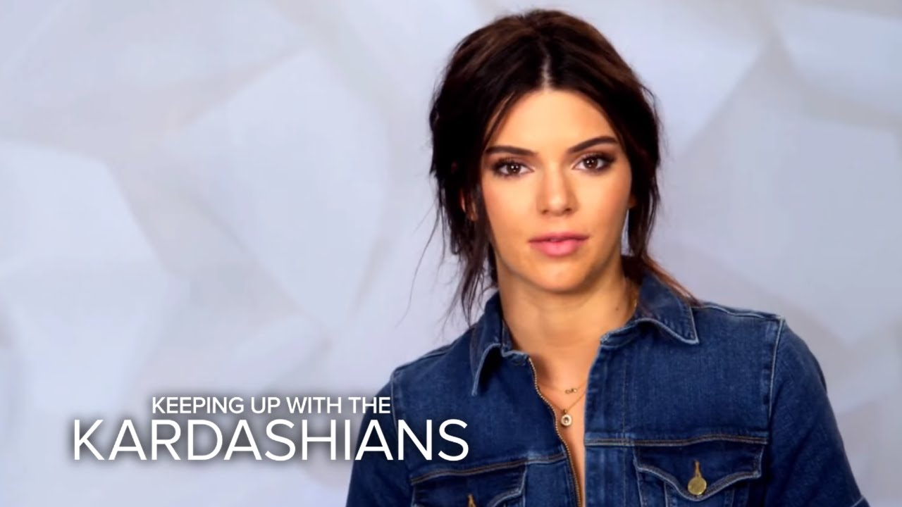 Kendall Jenner Calls Out Kylie Over Family Time | KUWTK | E! 5