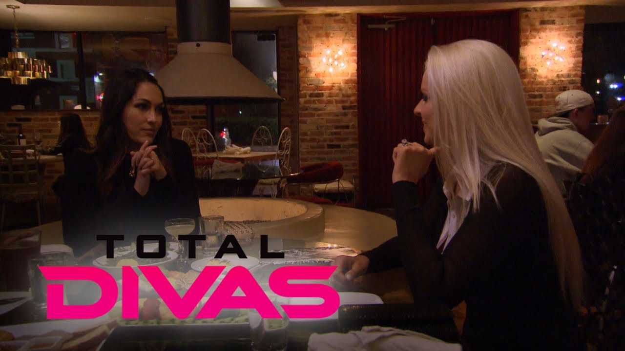 See Brie Bella and Maryse Ouellet's Intense Confrontation | Total Divas | E! 4