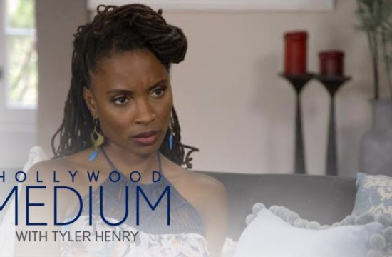 Shanola Hampton Connects With Her Late Mother | Hollywood Medium with Tyler Henry | E! 5