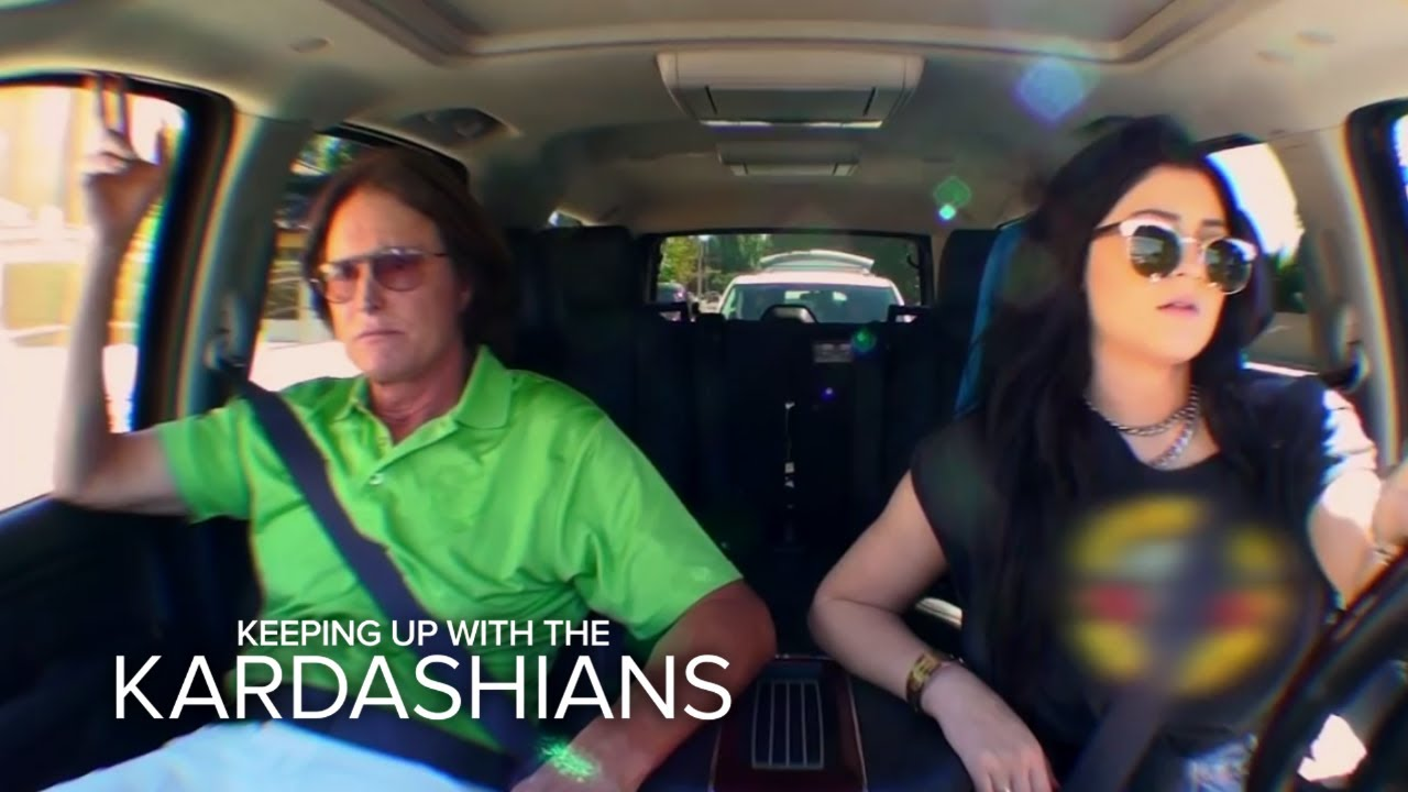KUWTK   Kylie and Bruce Jenner Fend Off Paparazzi   E! 5