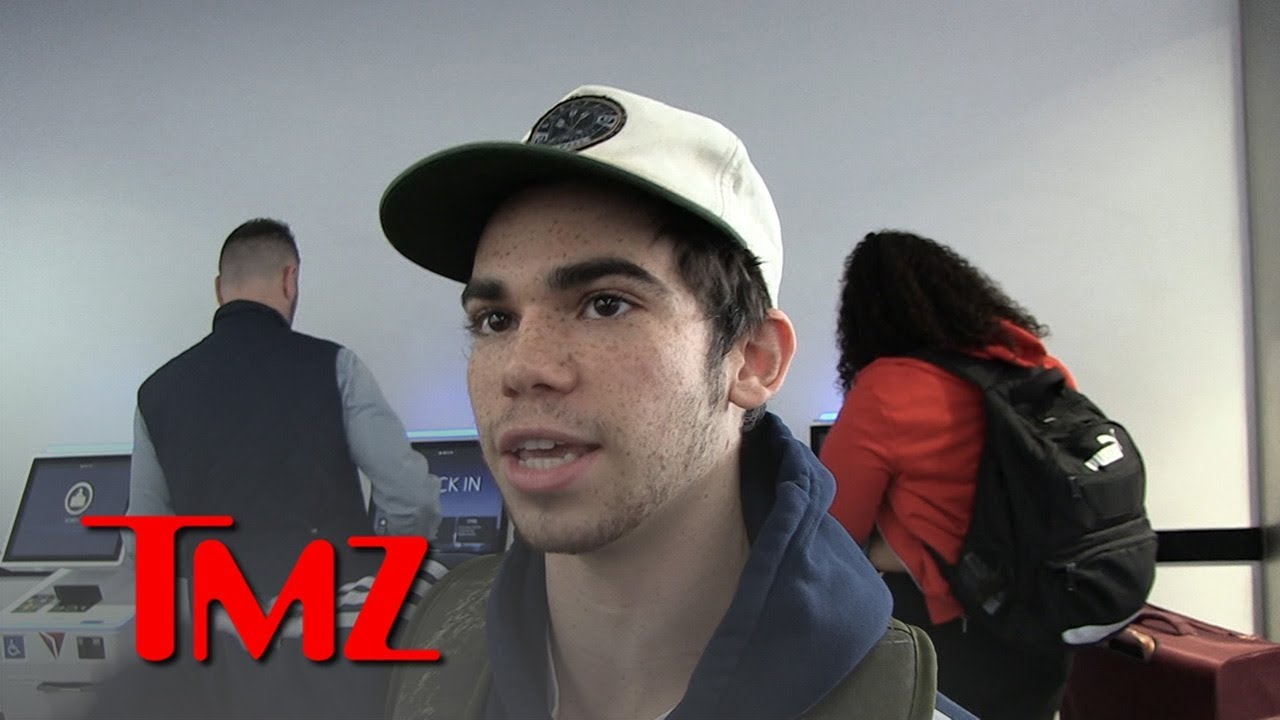 Cameron Boyce Sorry For Felicity Huffman's Daughter In College Bribery Scam 4