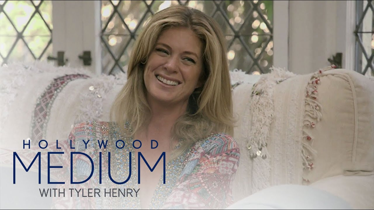 Tyler Henry Senses A Presence In Rachel Hunter's Home | Hollywood Medium with Tyler Henry | E! 3