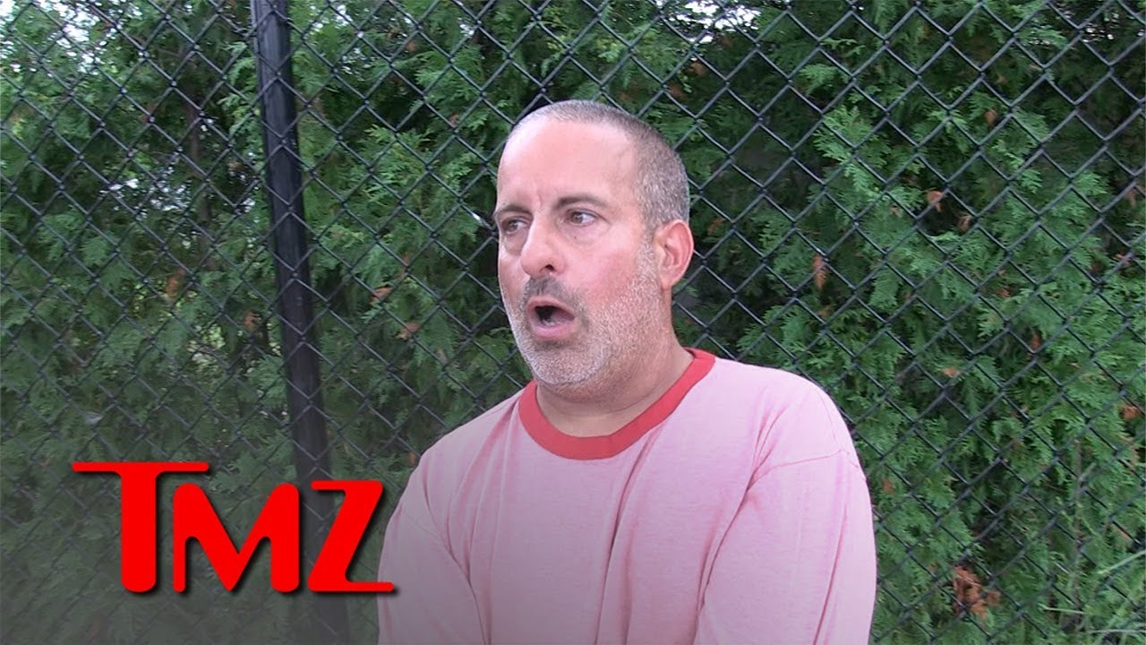 Angry Bagel Shop Guy Says He Doesn't Trust Women | TMZ 1